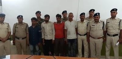 9 लाख 20 हजार रू के गांजे एवं 10 लाख के ट्रक के साथ चार आरोपियों को दबोचा | Dinara News