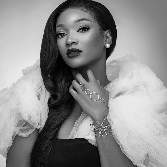"""https://bluebloodz.com/index.php/2020/07/29/nigerian-female-celebrities-join-the-""""black-&-white-""""-challenge-{-see-photos}/(opens in a new tab)"""