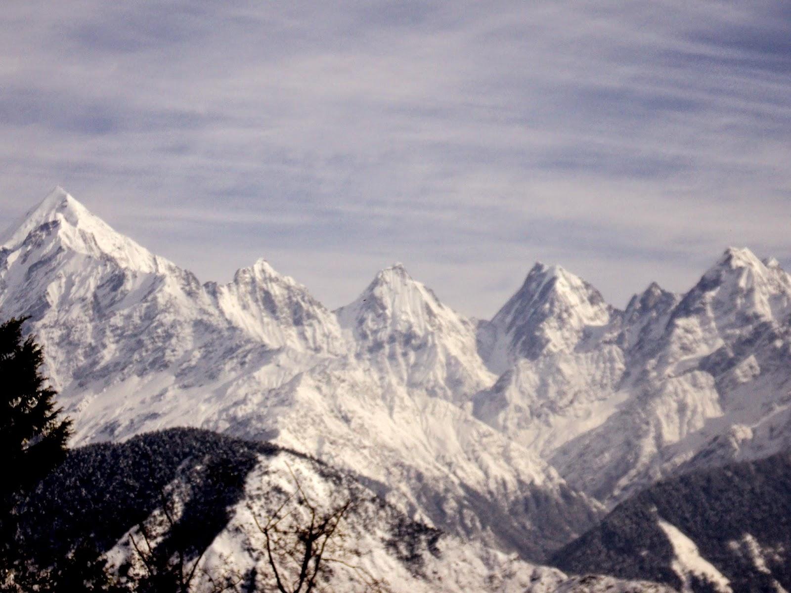 panchuli range from munsiyari