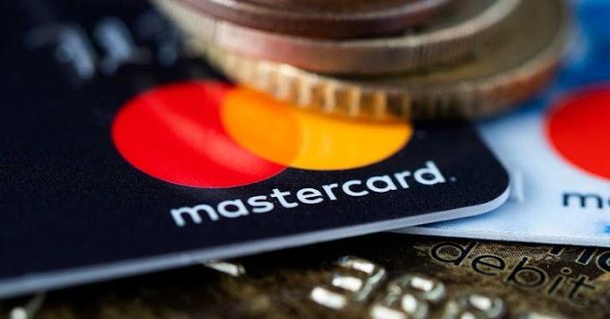 Mastercard suspende aumento de tarifa após pressão de bares e restaurantes