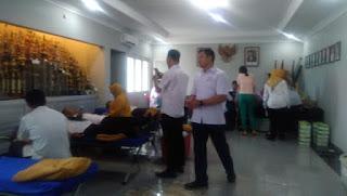 PMI Kota Cirebon Kekurangan Stock Darah Gol A, Karyawan Perumda Pasar  Kota Cirebon Bantu Cari Solusinya