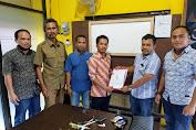 Dituduh Nikahi Istri Orang, Ketua Bawaslu Lombok Tengah Siap Lapor Balik