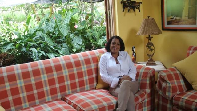 Alcaldesa Danilsa Cuevas advierte someterá a la justicia a los responsables de protestas en las Auyamas de Polo.