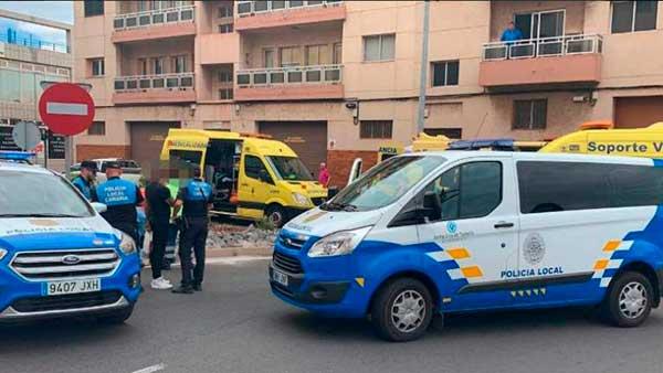Lugar donde la mujer que pilotaba una moto ha fallecido en una colisión con un vehículo, en las  proximidades de Taco, Tenerife. Foto: @PoliciaLocalSC