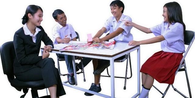 Interaksi Guru dan Siswa dalam pembelajaran