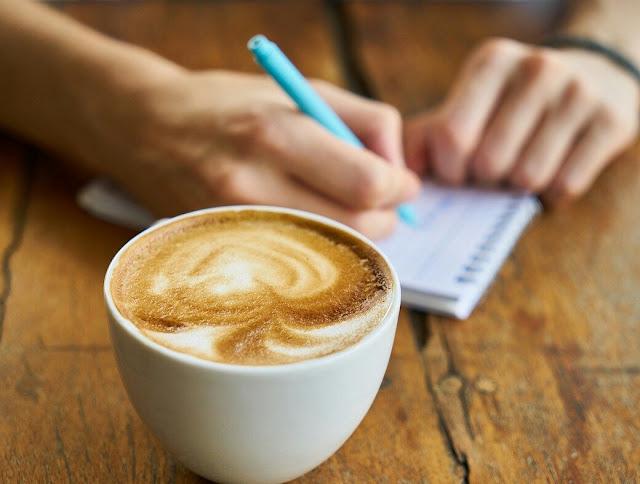 Apakah di bolehkan meminum kopi ketika buka puasa ?