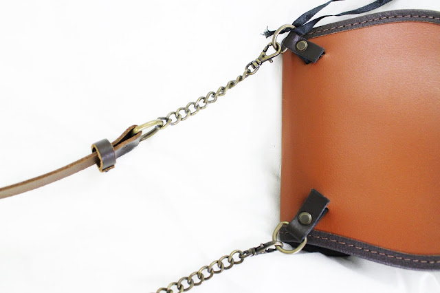 nixey bags, nixey review, nixey reviews, sporran bag, 1834 nixey chestnut, leather sporran bag, scottish leather bag, nixey review blog, nixey chestnut bag, sporran bags