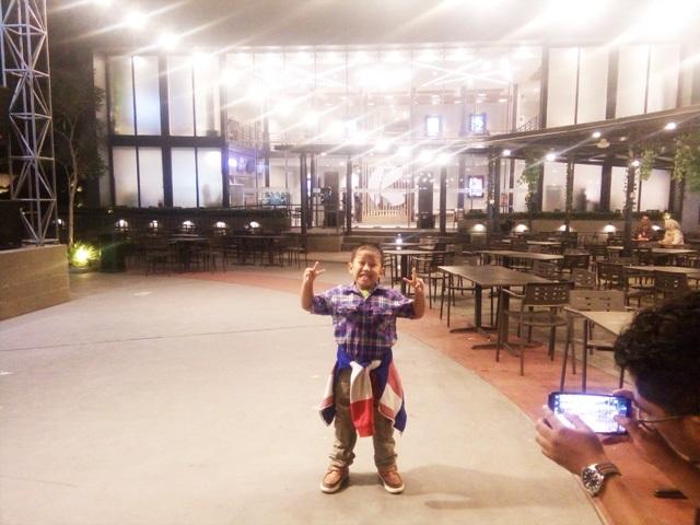 Menjajal Kuliner Malam di Kota Cinema Mall