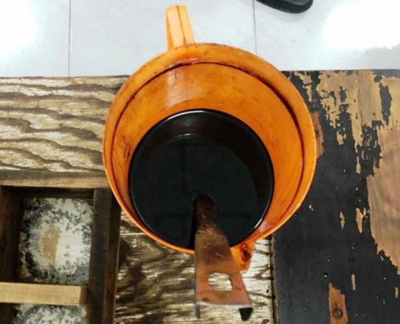 Lật tẩy đường dây sản xuất nước mắm bẩn đưa về TP.HCM
