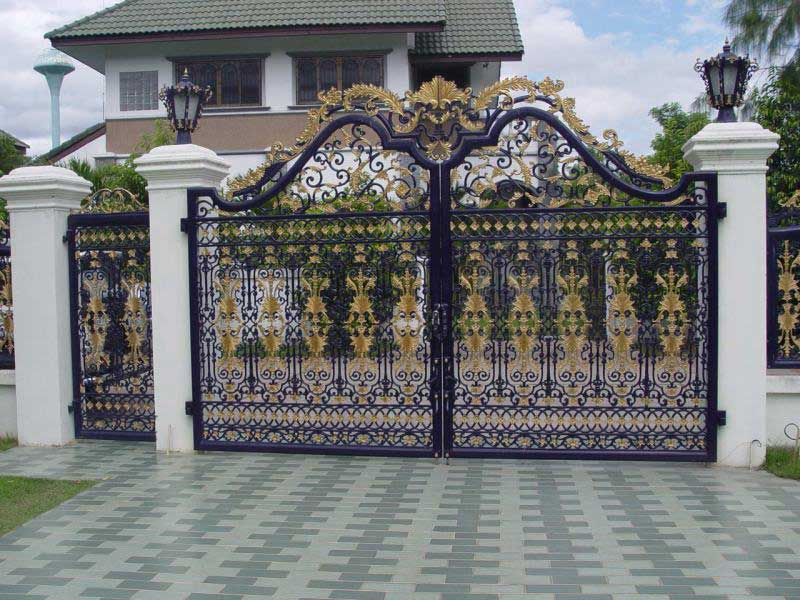 70 Desain Pagar Rumah Minimalis Kayu Dan Besi Desainrumahnya Com