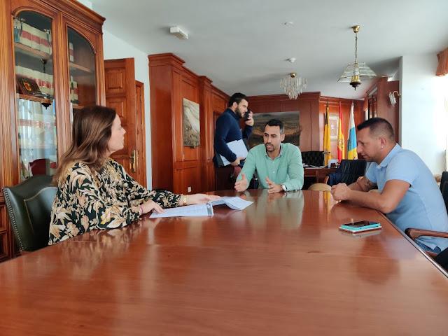 portavoces%2Breunion%2B%25281%2529%2B%25282%2529 - Fuerteventura.-  La Oliva reclama al Ministerio autorizar rehabilitación del Oliva Beach siguiendo criterio de la Abogacía del Estado