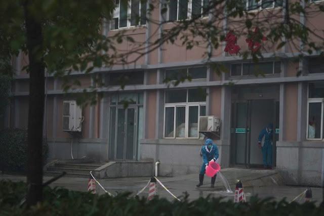 """Warga Kota Wuhan yang Curhat """"Rumah Sakit Umum Seperti Kuburan"""""""