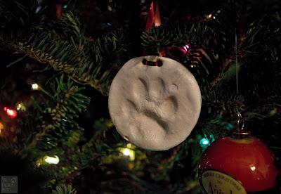 Jada's paw print ornament