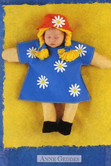 foto de niña muñeco de Anne Geddes