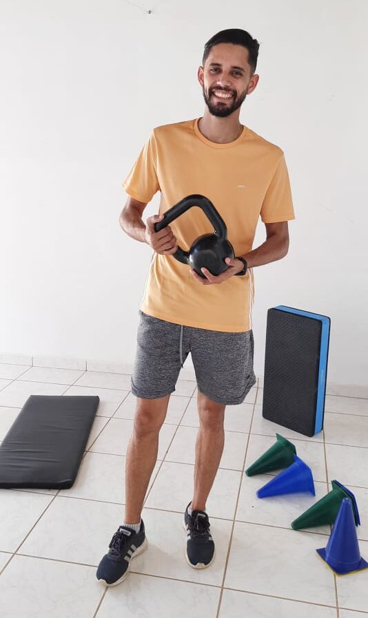 Professor dá dicas de como treinar em casa durante a quarentena