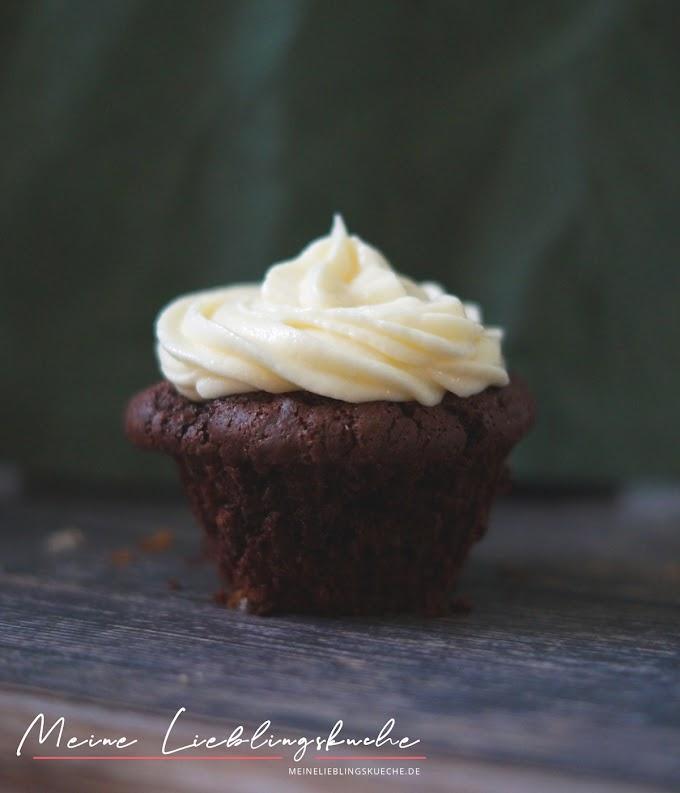 Schoko Cupcake mit Buttercreme Frosting - ohne Schokolade