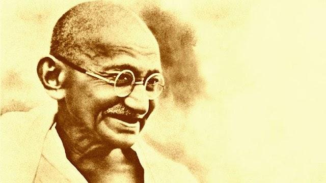 મહાત્મા ગાંધી વિશે નિબંધ । Mahatma Gandhi Essay in Gujarati