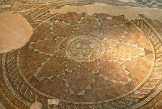 Mosaico del Centro Cultural Trakart.