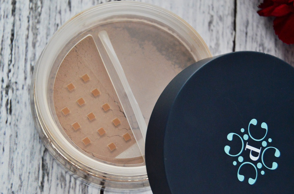 Pixie - bronzer mineralny / Mineral Sculpting Powder