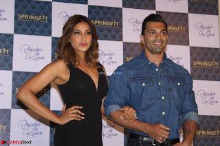 Bipasha Basu with Karan Singh 41.JPG