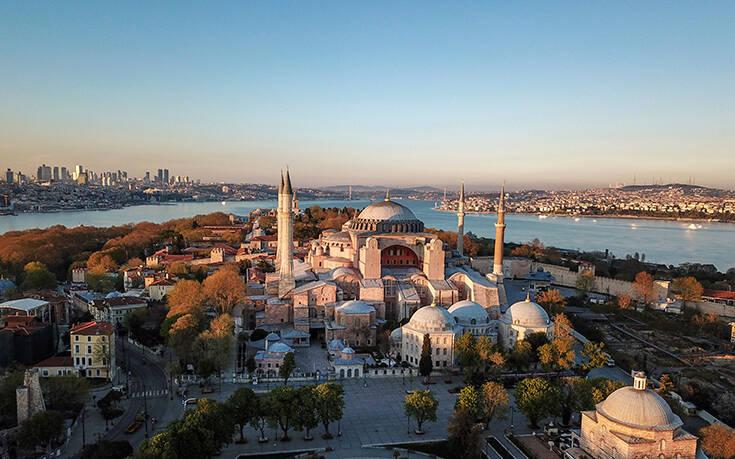 Σήμερα η Αγία Σοφία γίνεται τζαμί μετά από 86 χρόνια - Σόου ετοιμάζει ο Ερντογάν