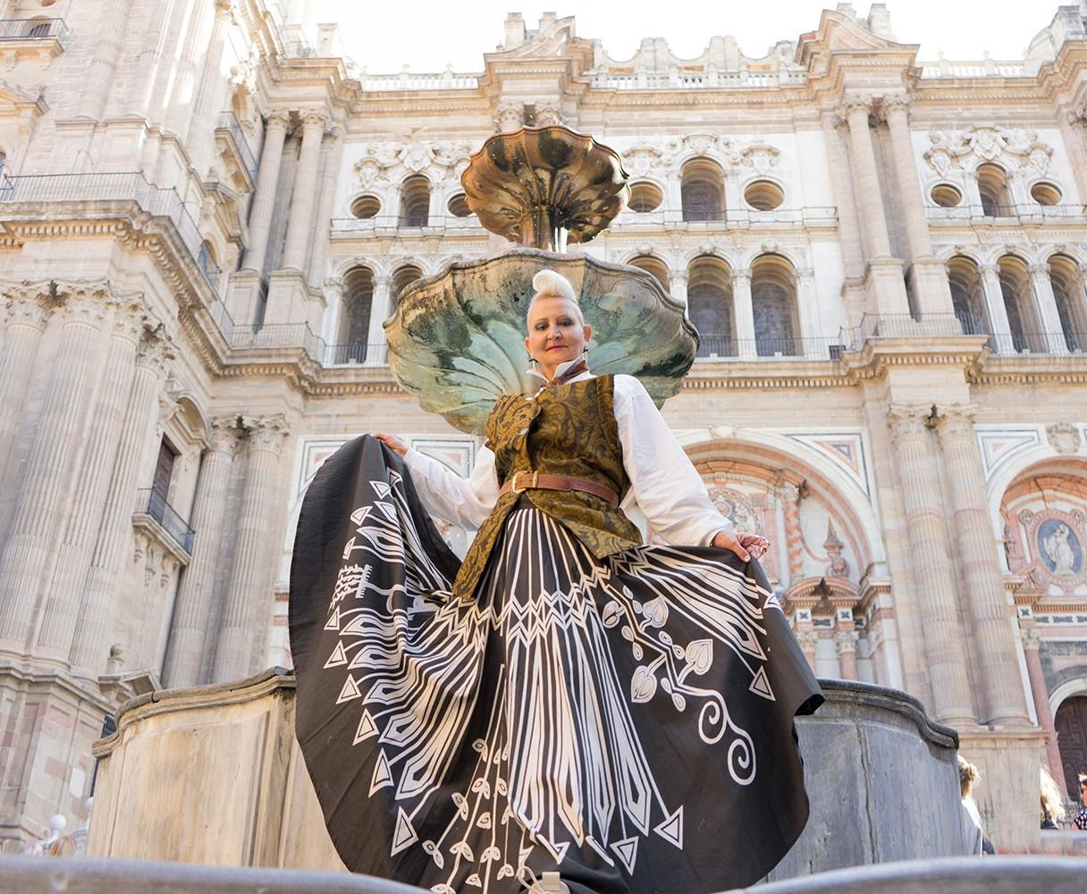 Don´t just Look, Listen to The Stones: Plaza del Obispo Malaga