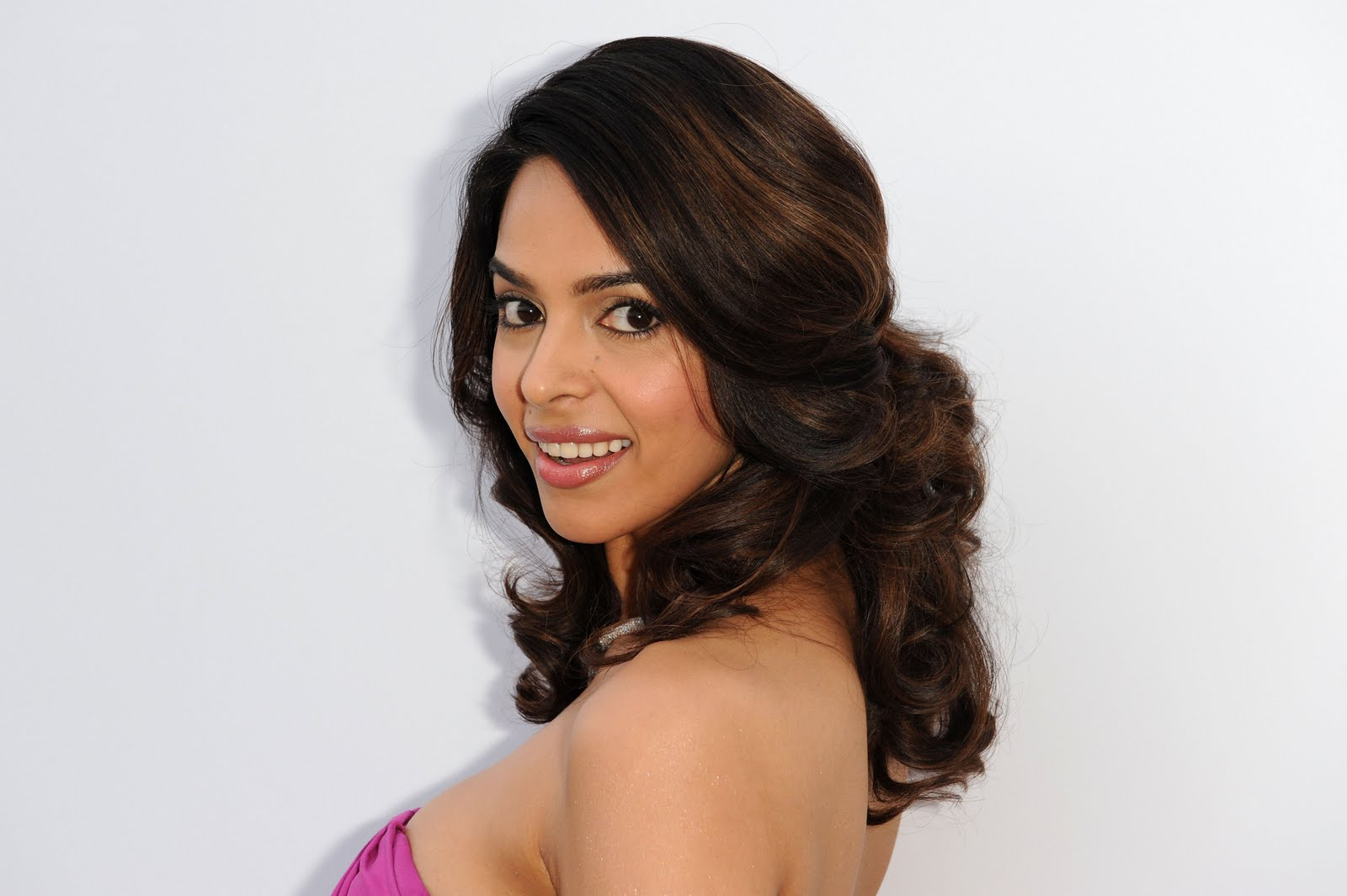 Malika Sherawat Hot Sexy Images