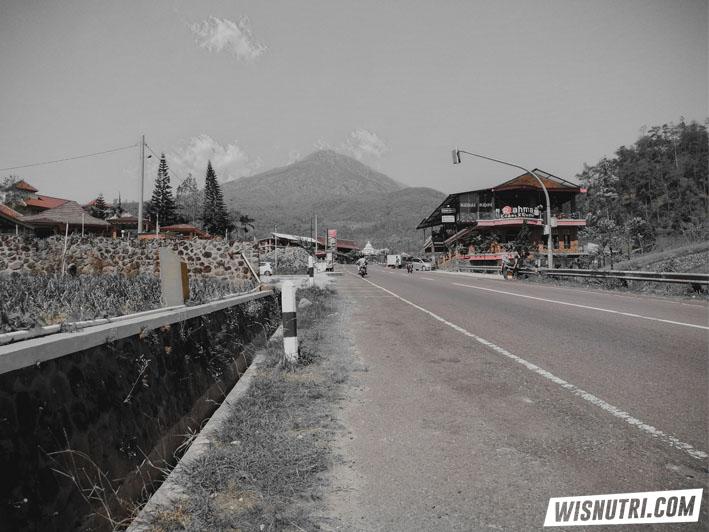Jalan Tembus Tawangmangu Sarangan