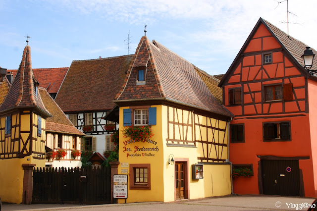 Una delle case ancora adibite alla vendita del vino