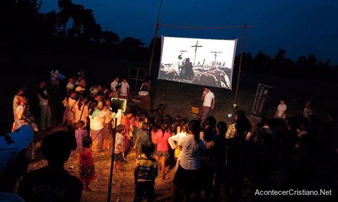 Película Jesús en aldea de Filipinas