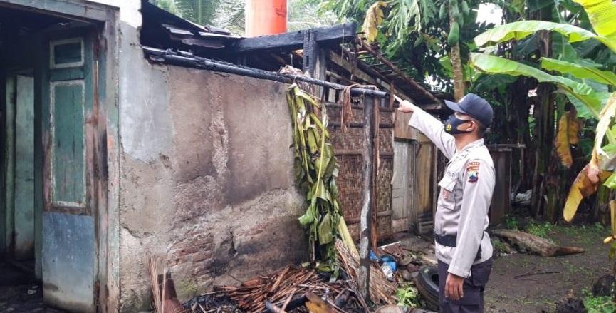 Bakar Pakaian Bekas Sebabkan Kebakaran Rumah di Kemangkon