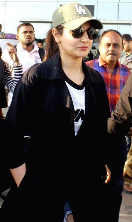 Anushka Sharma Stills Sporting a ripped jeans at Mumbai airport ❤