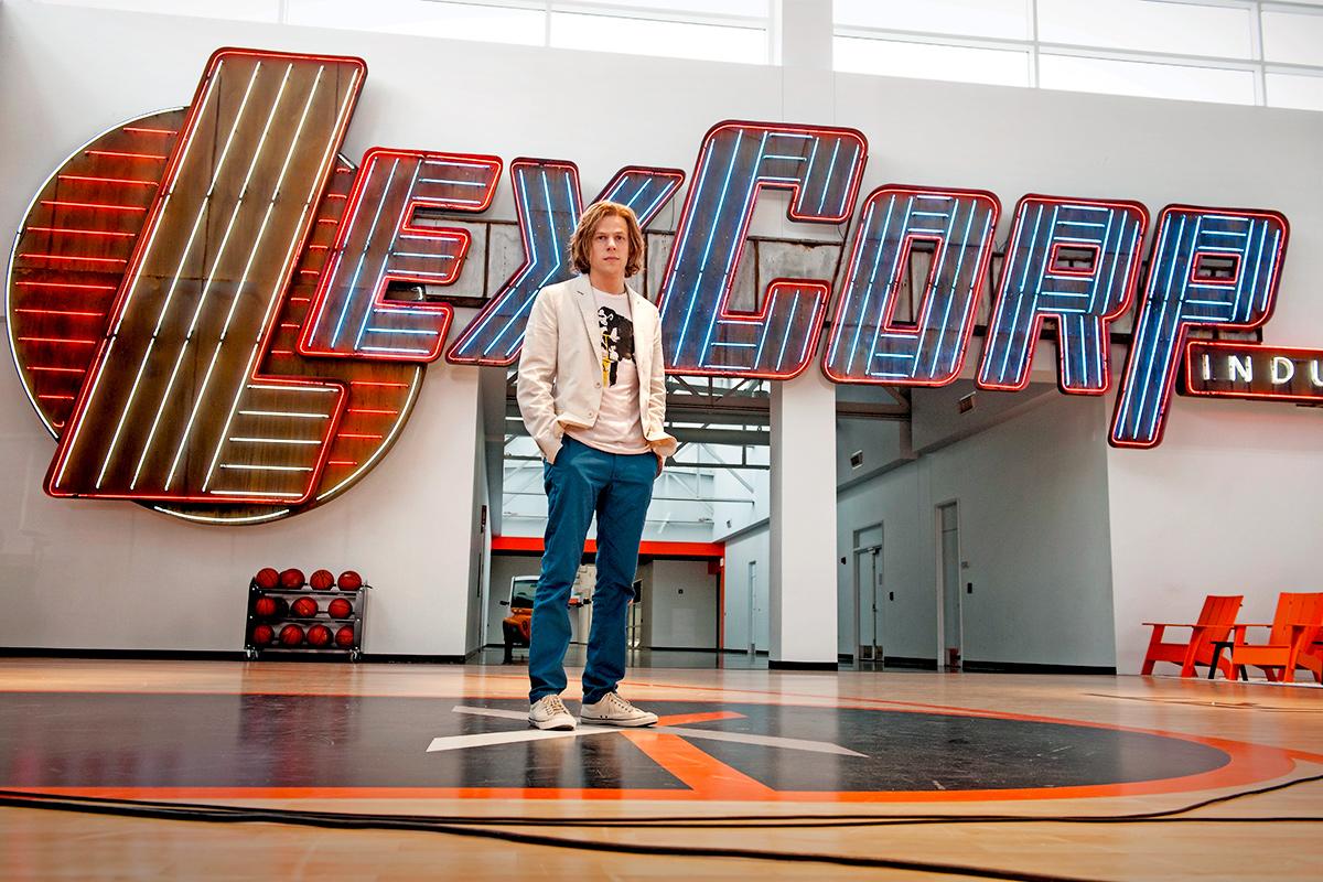 Jesse Eisenberg cree que debería aparecer en 'Justice league'