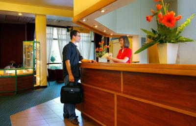 7 Hal yang Perlu Dilakukan saat Menginap di Hotel