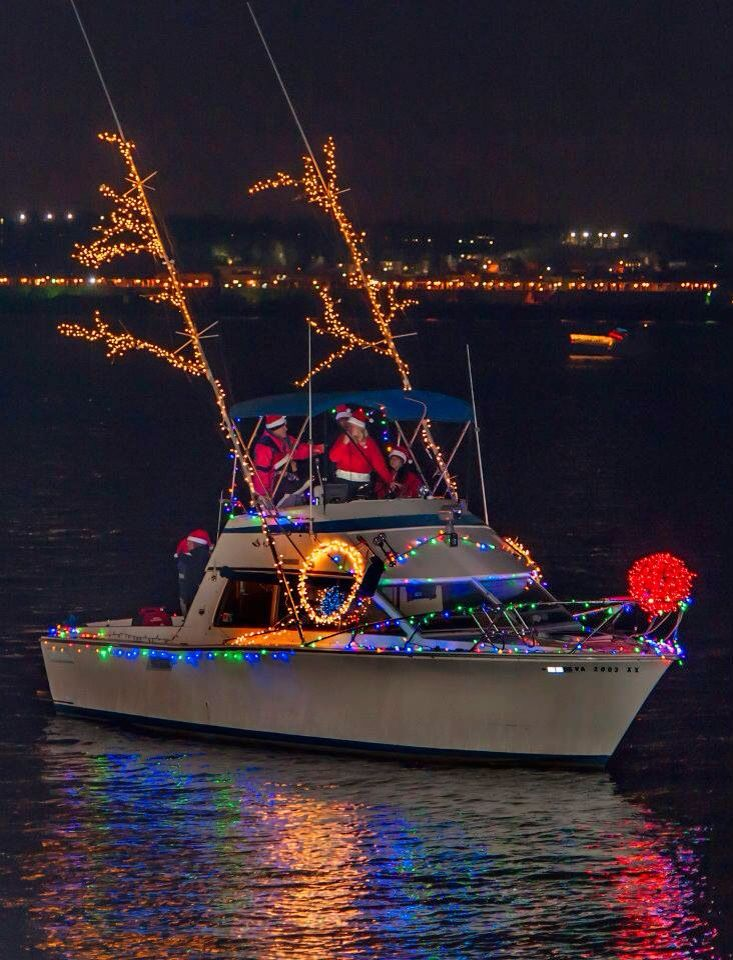 boat parades around the world i wanted to share some of my all time favorites this is the time of year that adults have an excuse to smile and laugh