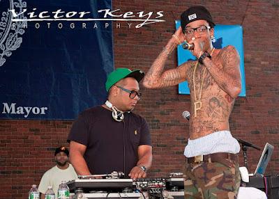 Wiz Khalifa did not play Kim K's sex tape on concert jumbotron, Says DJ