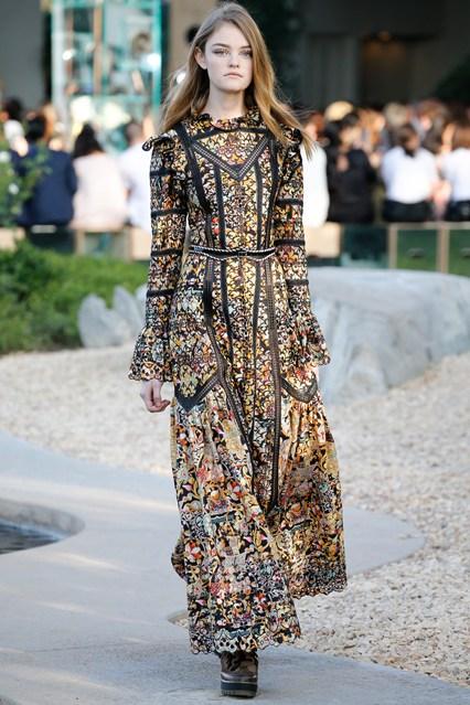 Mujeres y Vestidos de Moda: Louis Vuitton y sus Elegantes Vestidos ...