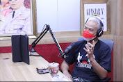 Ganjar Jadi Penyiar Radio, Pendengar Malah Minta Resep Cinta