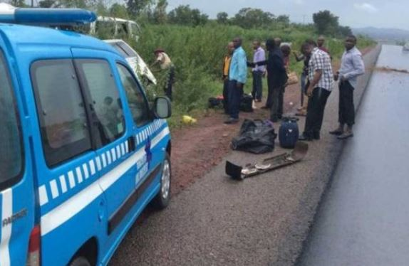 Two dead, nine injured in Lagos-Ibadan expressway auto crash