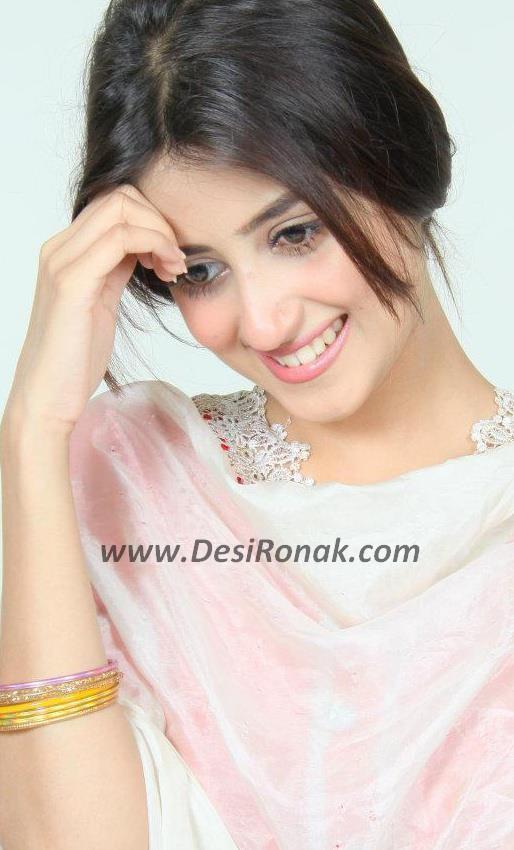 Sad Girl With Rose Wallpaper Hd Wallpapers Sajal Ali