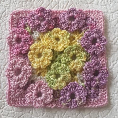 Meadow of Flowers - Free Crochet Pattern