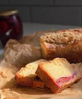 Autumn Crumble Loaf Cake
