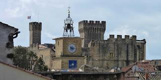 Château de l'Empéri y Porte de l'Horloge.