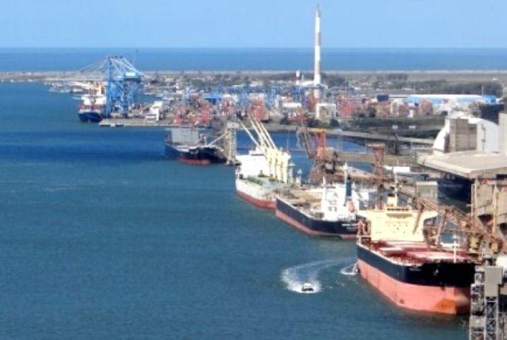 Portos RS movimenta 26,7 milhões de toneladas em 7 meses