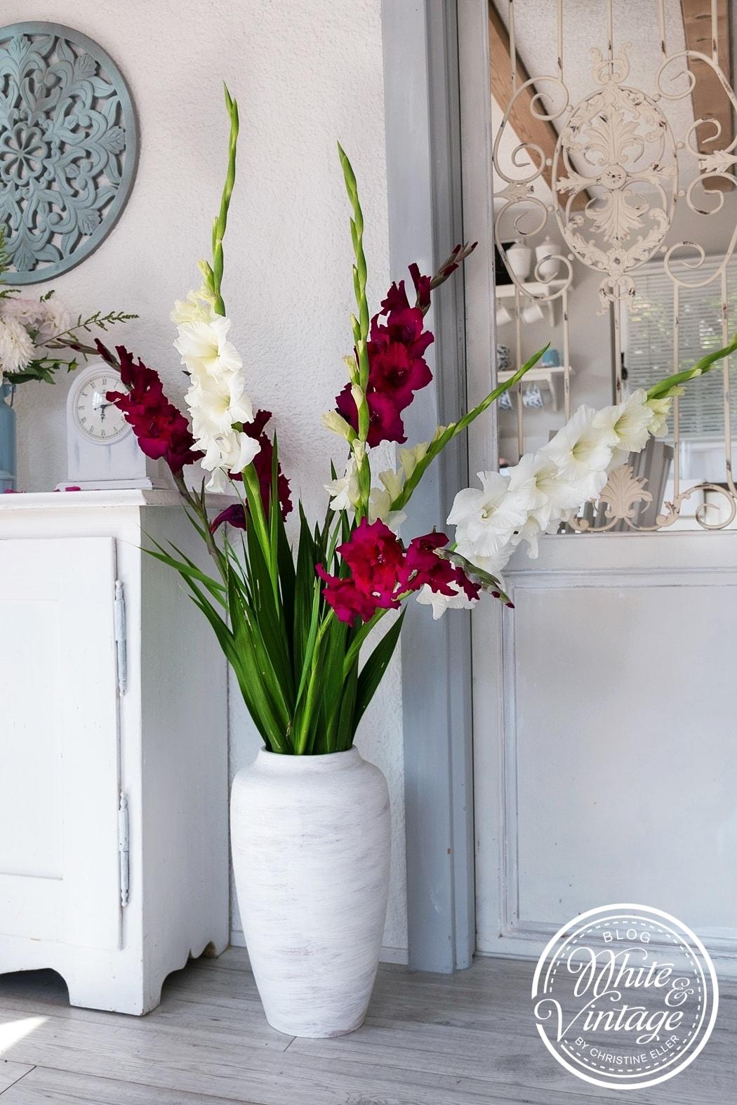 Blumendeko mit Gladiolen selber machen