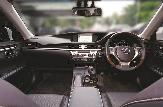 Inside of Lexus ES 300H electric car model