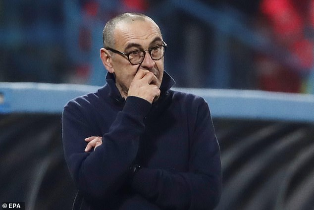 Sarri faces the SACK if his side lose to Inter this weekend (La Repubblica)