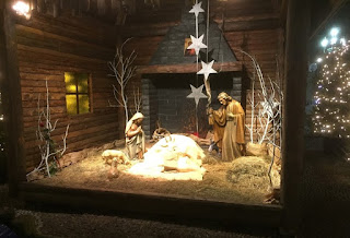 Large nativity scenes go on display in town and city centres across Italy