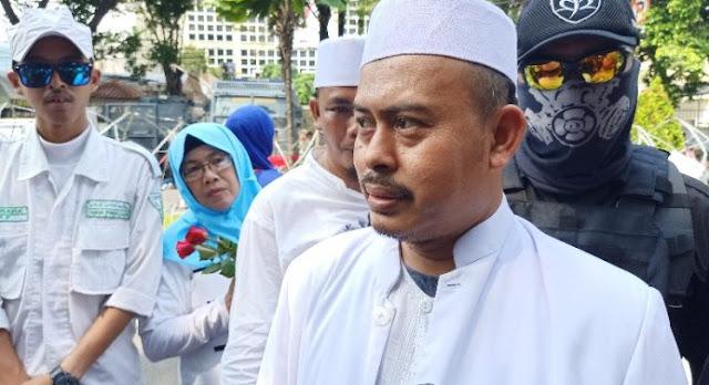 Tanpa Prabowo, FPI Usaha Memulangkan Habib Rizieq ke Indonesia