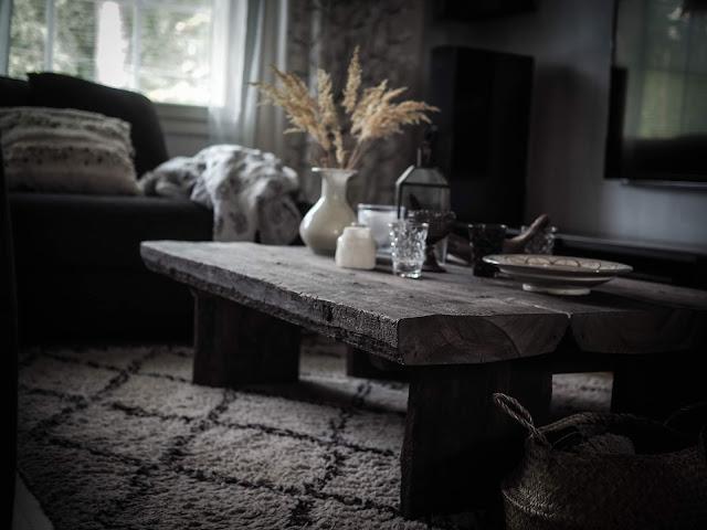 vanha lankkupöytä
